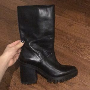 Zara mid calf leather boots!